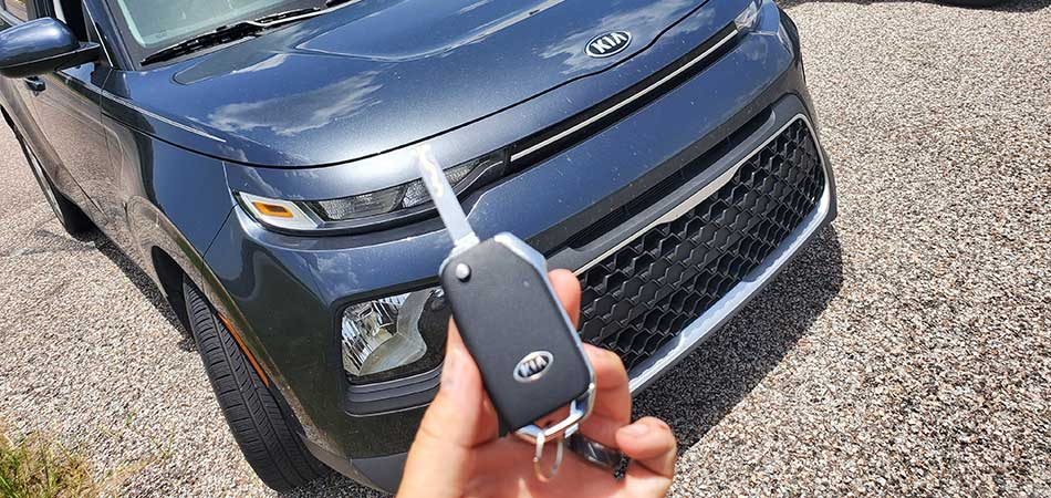 Kia replacement key supplied by a mobile locksmith in Wesley Chapel, FL.