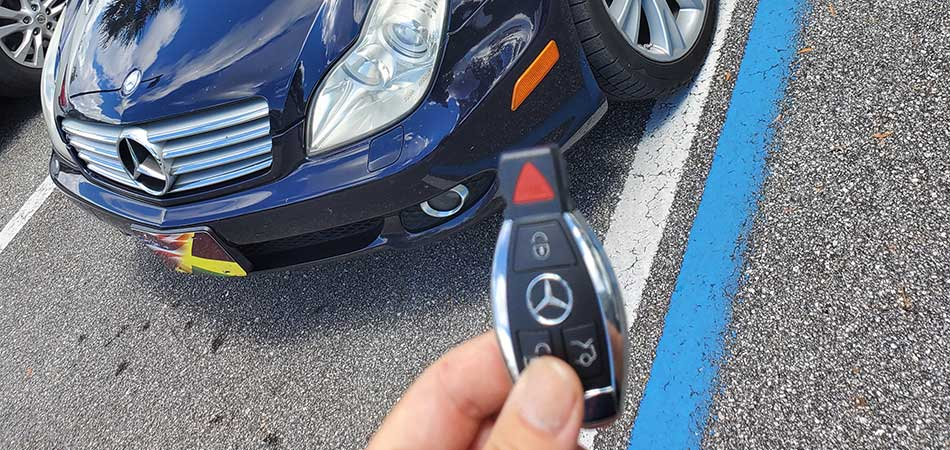 Mercedes key replacement by a mobile locksmith in Wesley Chapel, FL.