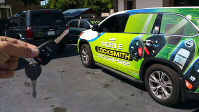 Locksmith replacing key for SUV.